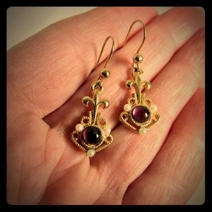 VTG VICTORIAN PURPLE WITH SEED PEARLS EARRINGS